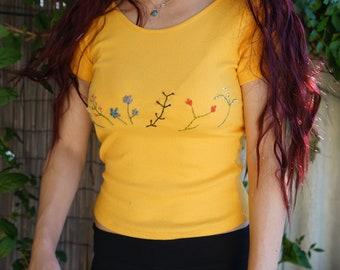 Yellow botanical shirt back dip