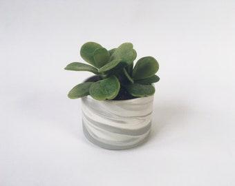 "PLANTER 3"" Grey Marbled. Ceramic flower pot/planter."