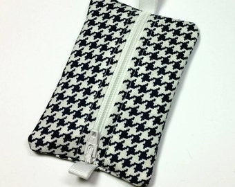 FREE SHIPPING UPGRADE with minimum -  Tiny zipper pouch / earbud case / earbud pouch /coin pouch | Navy and White Houndstooth