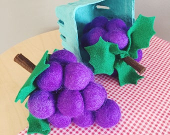 Felt Play Food Grapes, Play Kitchen, Play Shop, Purple Grapes, Bunch Of Grapes, Imaginative Play, Learning, Fake Food