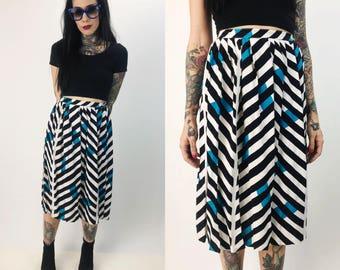 "80's Allover Pattern High Waist Midi Skirt XS - 26"" Waist - Bright Rayon Skirt With Pockets - Black Blue White Geometric Print Vintage Midi"