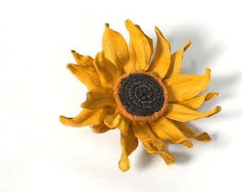 Sunflower brooch, Leather Flower, Flower brooch, Women brooch, Yellow brooch, Flower Pin, Leather, Christmas gift/for/mom gift, Wife gift