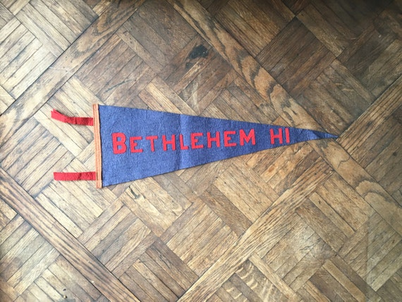 Vintage Bethlehem HI Pennant, Blue And Red Wool Felt Pennant Flag, Vintage Home Decor