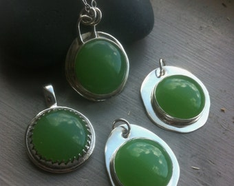 Prehnite Pendant Necklace Green Prehnite Bezel set 925 Silver Pendant Large Round Citrus Green Gemstone Pendant Artisan Statement Necklace