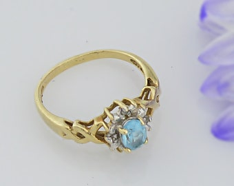10k Yellow Gold Estate Blue Topaz Solitaire Ring Size 6.5