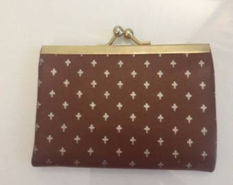 Italian Retro Chic Change Purse Wallet with snap closure from John Wannamaker