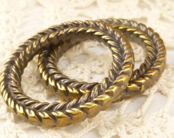Large, Antique Brass Ring Connector Charm Pendant, Braided Ring Mykonos Casting (1) - M88 - X4948