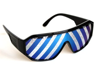 Rasslor Inverted Silver Rays Party Shield Sunglasses