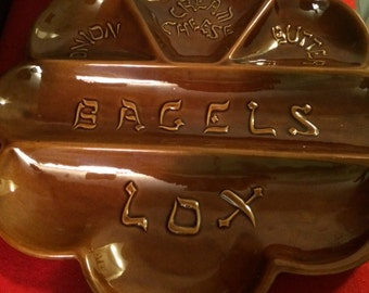Vintage CA Pottery Divided Bagel & Lox Platter With Hebrew Font - 60's, 1970'sCIRC Made in USA
