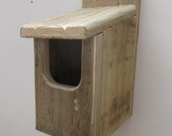 The 'Basic Robin' Bird Nesting Box - Henry's Bird Boxes, Handmade in Wales