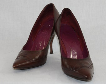 Vintage 1950s Brown leather high heels
