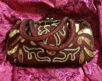 Vintage red burgundy clutch bag purse with sequins beads and embroidery , Carpetbags , Satin Fabric Evening Bag