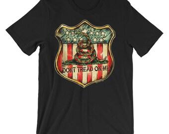 Don't Tread on Me American Shield Short-Sleeve Unisex T-Shirt Traditional Tattoo Flash Snake