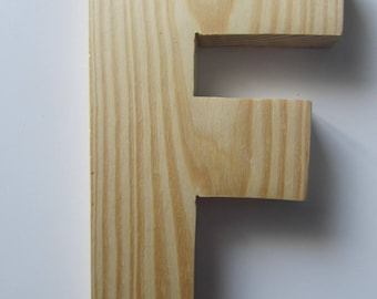 "Made of wood to decorate, customize - representing the letter ""F"" - 18.1 cm x 11.3 cm"
