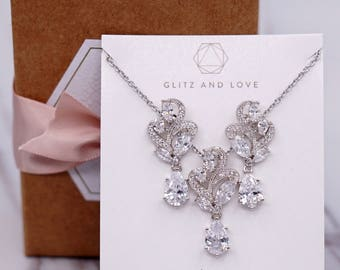 Wedding Bridesmaid Gift Bridal Earrings Necklace Bracelet Jewelry Set Clear White Cubic Zirconia Teardrop Ear Stud Earrings E304 N222