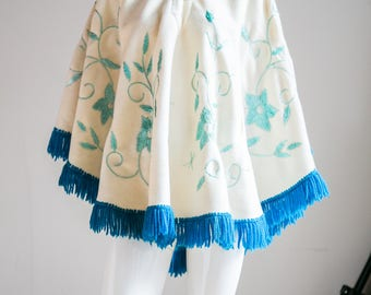 Embroidered Wool Poncho | Blue Floral Poncho | White Wool Poncho | Traditional Mexican Poncho | Wool Poncho with Tassels | Festival Poncho