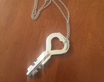 Jill Tuck's Heart key replica Saw