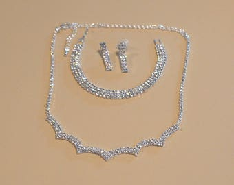 Bridal jewelry set, Necklace Choker bracelet Earring, Crystals, Costume Jewelry Wedding Set