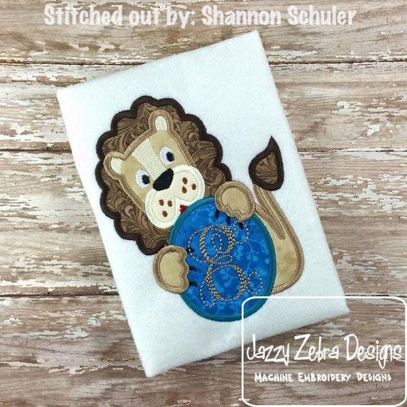 Lion monogram frame Applique embroidery Design - mascot applique design - school appliqué design - lion appliqué design