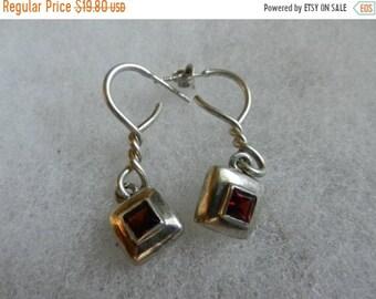 Flash 50% off sale Vintage Sterling Silver Garnet Earrings