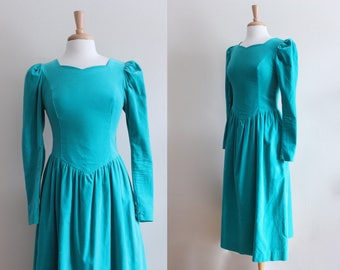Vintage 1980s Long Sleeve Emerald Green Velvet Laura Ashley Dress