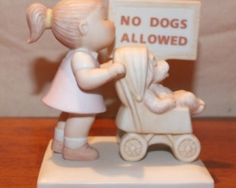 """1984 Family Circus """"Puppy Love"""" Dolly & Dog Figurine"""