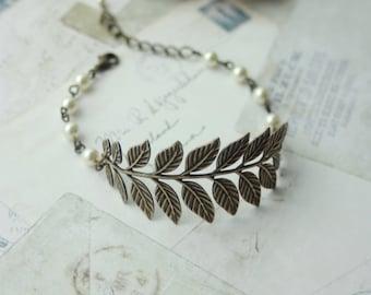 Brass Leaf Bracelet, Antiqued Brass Branch Ivory Pearls Cuff Bracelet. Bridesmaids Gift Wedding Bridal Leave Cuff Jewelry, Rustic Wedding