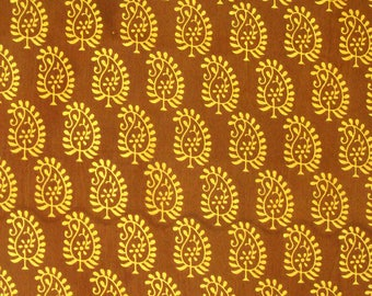 Indian Block Print Fabric - paisley print fabric - 0.75 Yard - ctsm097