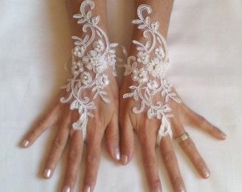 Hochzeit Handschuhe Perlen Perlen weiß oder Elfenbein Flieder Braut Handschuhe Handschuhe Fausthandschuhe Französisch Spitze Handschuhe Lavendel