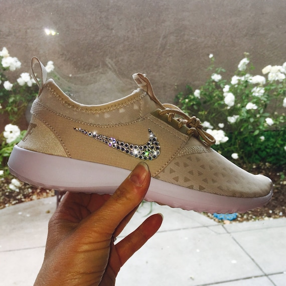in w Nude RESTOCKED Oatmeal Juvenate with Bling 100 Swarovski Nike Shoes Crystals Nike Bedazzled Crystals White Authentic Swarovski zwCOdqw