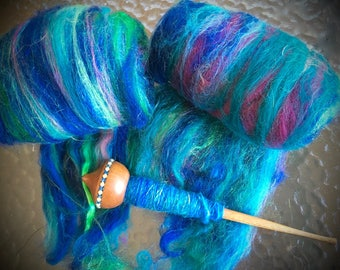 FIBER BATT mini spinning batt with luxury high end fibers Lovely colorway Right price to try something new. Spins like a dream Over 1 oz