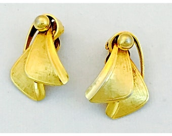 Vintage Gold Tone Earrings Circa 1960s, Atomic Space age Gold Tone Clip on Earrings