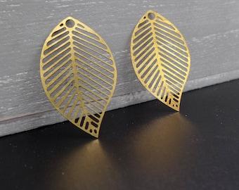 prints 4 leaf filigree copper 3.1 x 1.9 cm