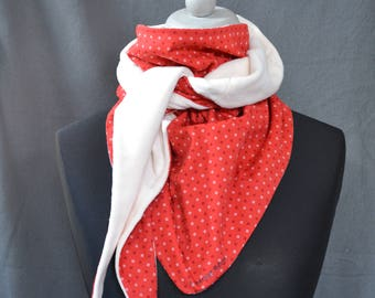 Red and white peps scarf off