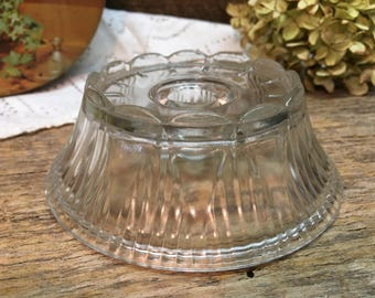 Vintage candlestick Holder/Clear/Ruffled Rim