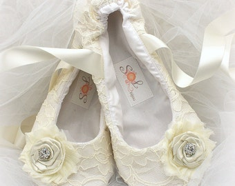 Custom Ballet Flats Shoes Ivory Ballet Slippers Wedding Flats Lace Flats Wedding Shoes Flower Girl Vintage Style Flats Elegant Wedding Shoes