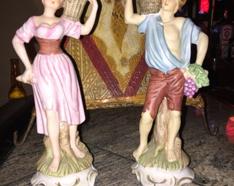 Male and female peasant figurines.