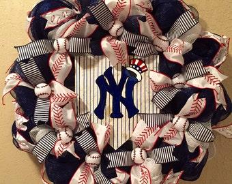 NY Yankees wreath, Yankees front door wreath, New York Yankees front door wreath, Yankees home plate sign, Yankees wreath, Yankees sign