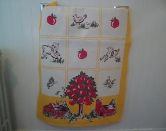 Vintage Startex Kitchen Tea Dish Towel Table Runner~Farm Scene Apples Lambs Butterflies Sewn in Tag Like New!