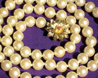 Pearl Vintage Necklace Glass Wedding Estate Jewelry Marilyn Monroe Mid Century Mad Men Antique Champagne Knotted Flower Rhinestone Boho Chic