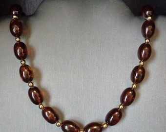 Brown Lucite Oval Bead Necklace - Gold Tone Bead Spacers - Vintage