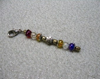 Zipper Pull with Iridized Glass Beads