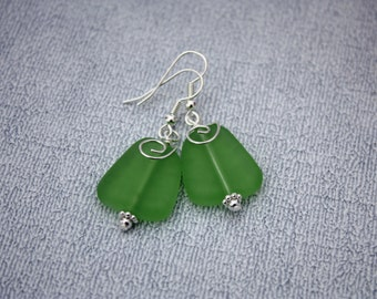 Green Sea Glass Earrings, Seaglass Earrings, Sea Glass Jewelry, Beach Glass Earrings, Beach Glass Jewelry Beach Jewelry Seaglass Jewelry 080