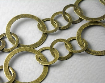 CHAIN-AB-FIG-26MM - Large Link Antique Brass Figaro Chain - 1 ft