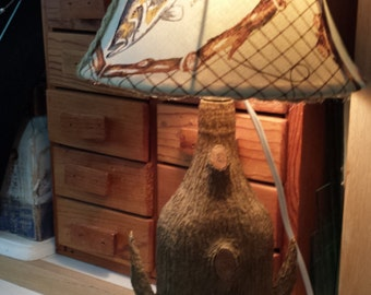 ON SALE (was 49 dollars) Lodge/cabin type vintage table lamp