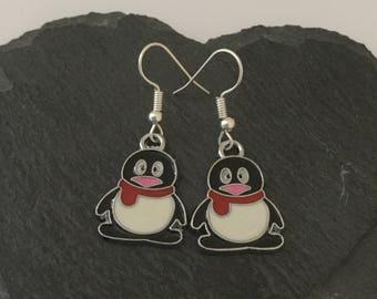 Cute penguin earrings / penguin jewellery / Christmas earrings / Christmas jewellery / animal earrings / animal lover gift