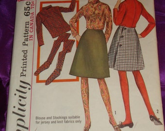 1960s 60s Vintage Mod A Line Back Wrap Skirt Long Sleeve Roll Collar Blouse n Thigh High Stockings COMPLETE Simplicity 6189 Bust 35 US 90 CM