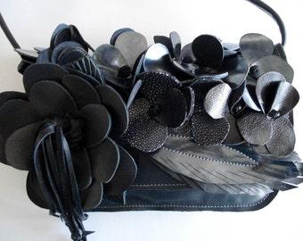 Shoulder Bouquet Clutch bag in black leather