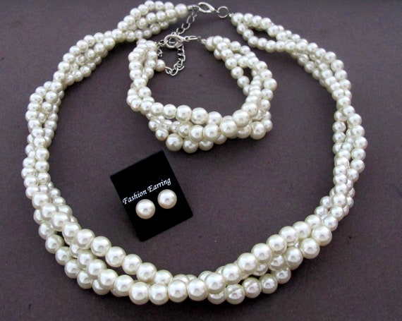 Pearls Bridal Jewelry Set,Bridal Necklace Set,Wedding Party Gift Jewelry,Bridesmaid gift,Matron of Honor,Wedding Jewelry, Free Shipping USA