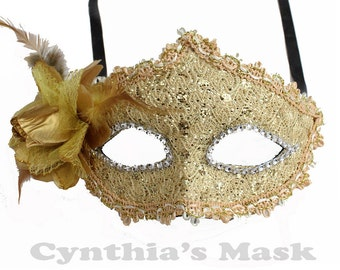 Champagne Floral Mask w/Rhinestones and Glitter for Costume Masquerade Ball Dancing  SKU: BZ627F (7N22)